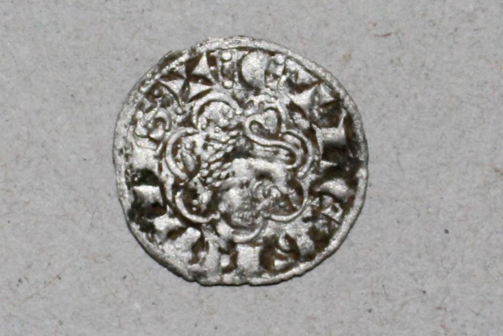 Dinero de la 2ª guerra de Granada de Alfonso X. Burgos. Emisión 1277 110