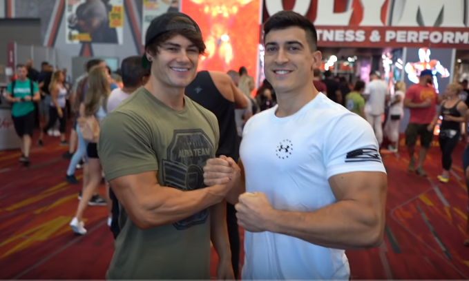 ¿Cuánto mide Jeff Seid? - Altura - Real height - Página 6 Captur12