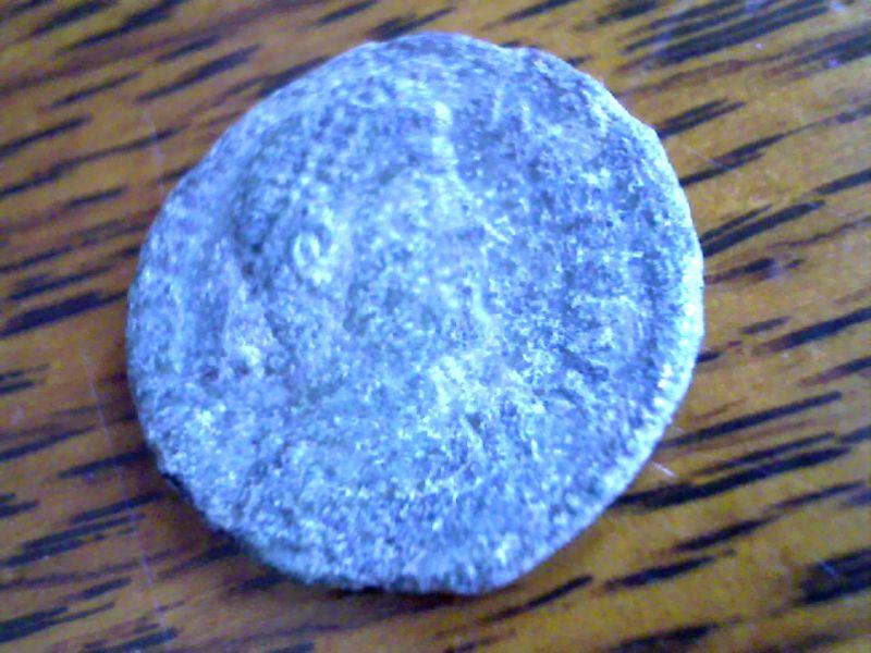 3 monnaies pour la NBD à identifier Webca165