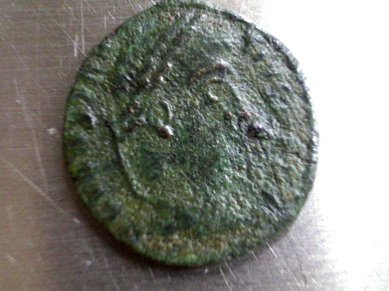 3 monnaies de Constance II ? peut être !!! Webca186