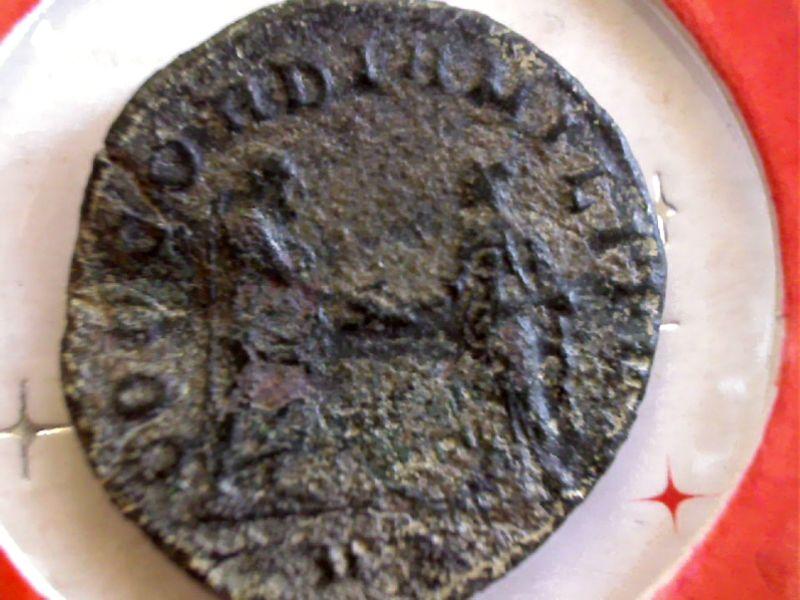 De l'aide pour identifier ces 3 Antoniniens SVP Webca237