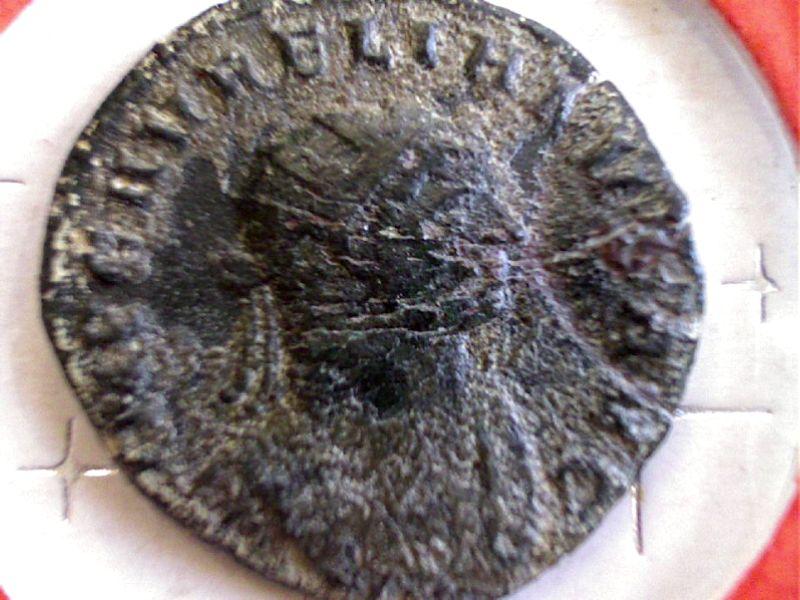 De l'aide pour identifier ces 3 Antoniniens SVP Webca238