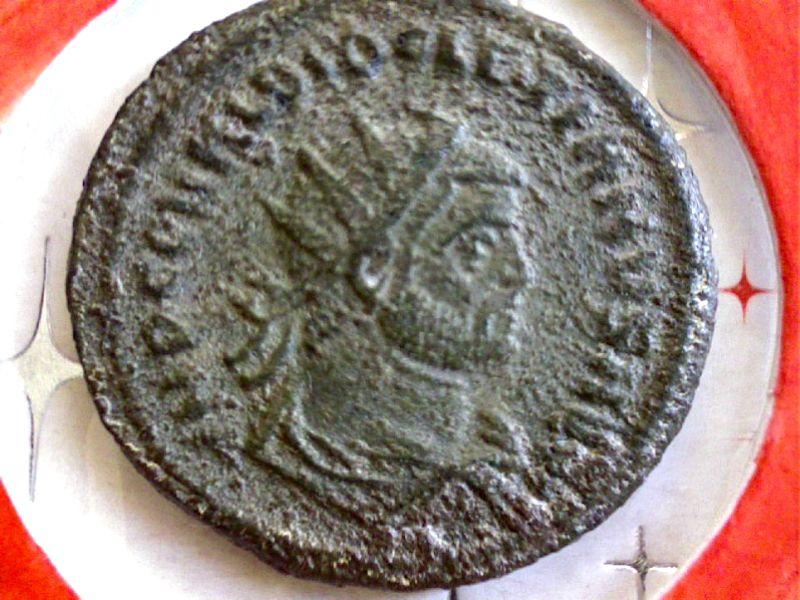 De l'aide pour identifier ces 3 Antoniniens SVP Webca239