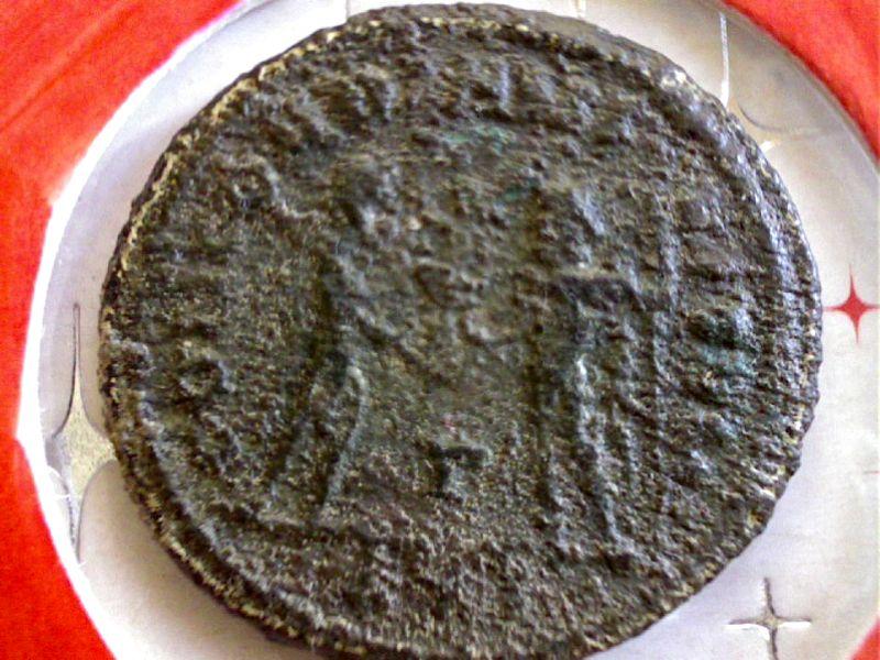 De l'aide pour identifier ces 3 Antoniniens SVP Webca240