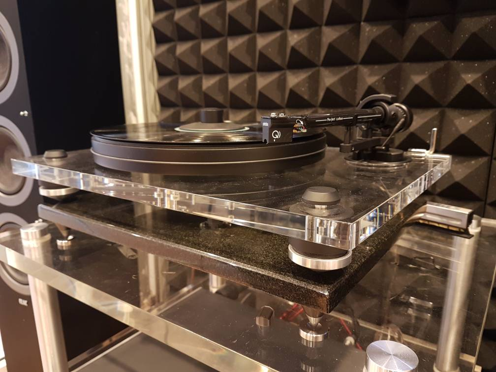 Pro-Ject 2Xperience acryl turntable (Used) Img-2035