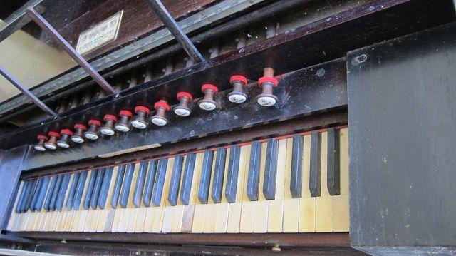Harmonium Alphonse Rodolphe à donner Img_5612