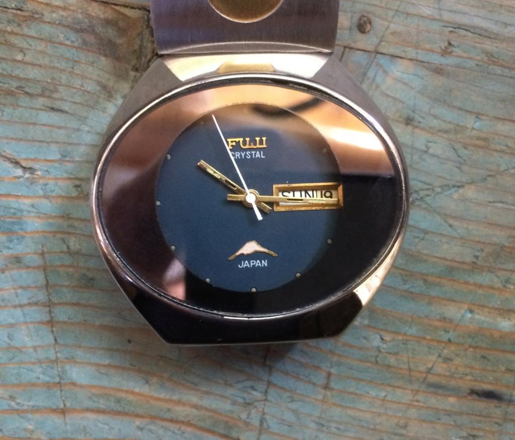 quelqu'un connait 'il les montres Fuji ? Img_0411