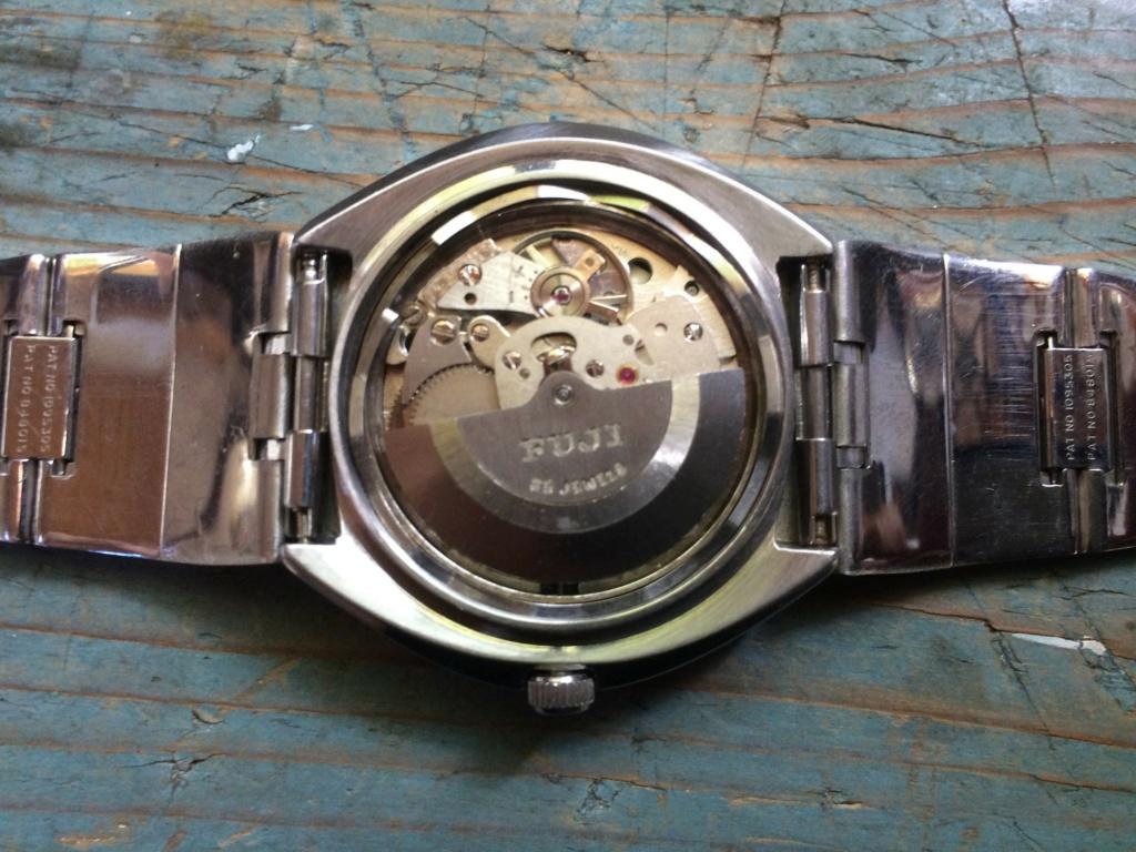 quelqu'un connait 'il les montres Fuji ? Img_0413