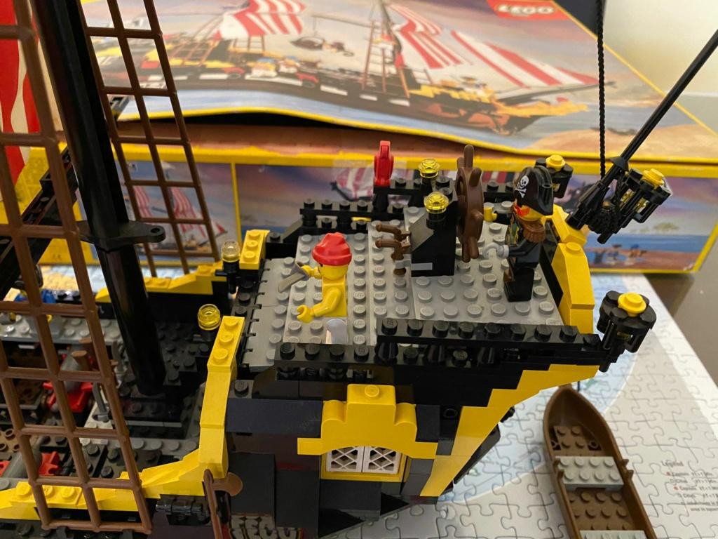 LEGO 6285 Black Seas Barracuda Img-2012