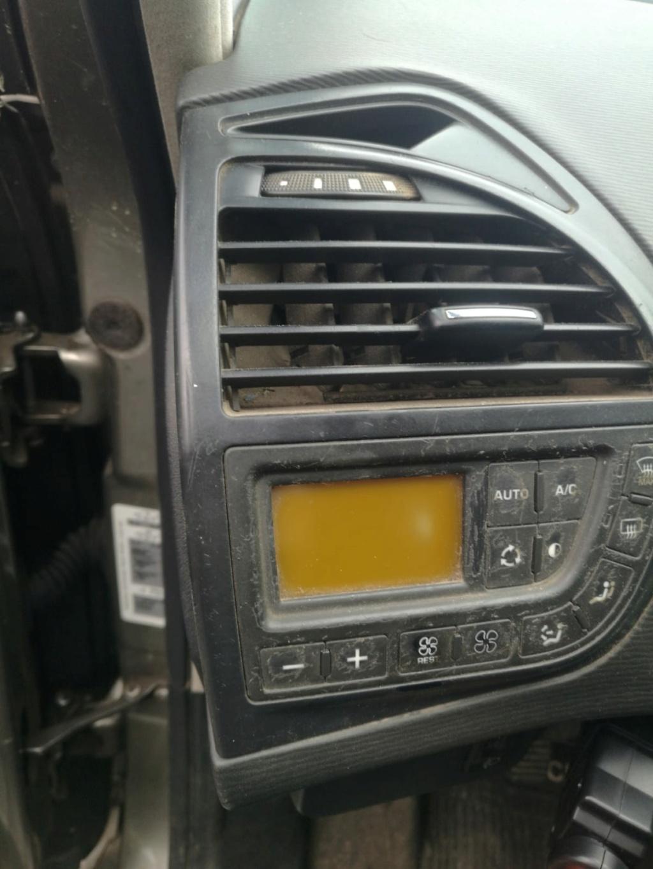 Panel de Mando Climatizador c4 picasso no enciende Img-2010