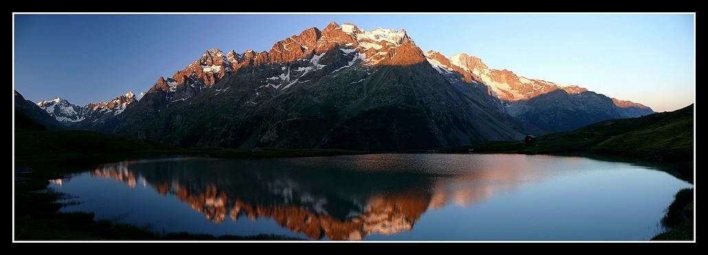 Lacs alpins début juillet P1400110
