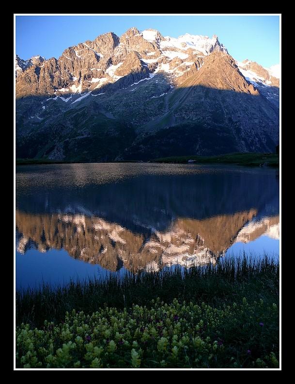 Lacs alpins début juillet P1400210