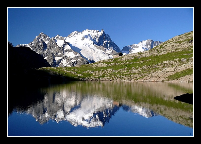Lacs alpins début juillet P1400212