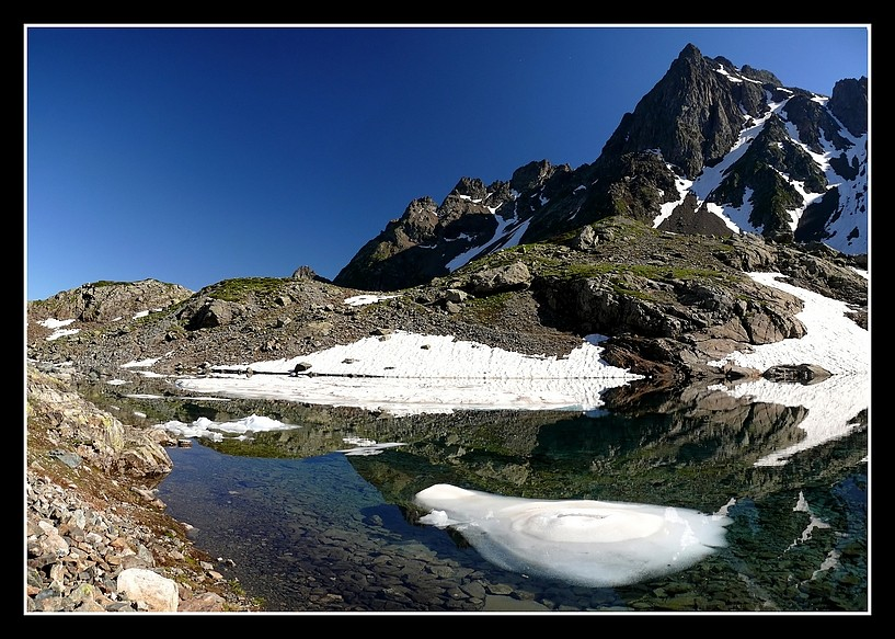 Lacs alpins début juillet P1400510