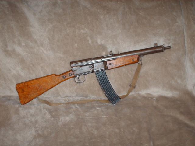 Un fusil d'assaut Fusil10