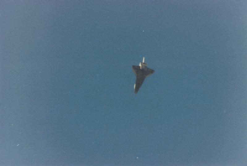 Atterrissage de la navette Sts-0310