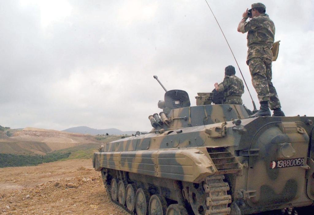 تطور الصناعة الجزائرية العسكرية الثقيلة  بشكل ملحوظ من الشراكة الى الاعتماد الذاتي الكلي . 1211