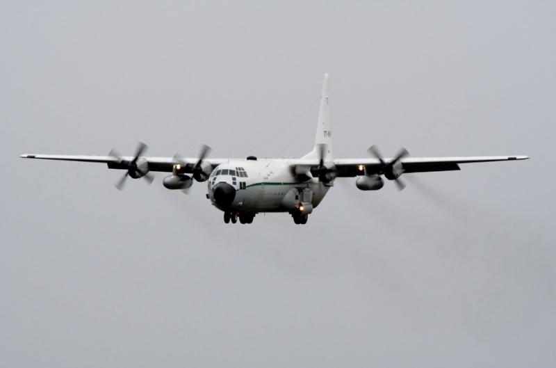 طائرة النقل سى-130 هرقل  CC-130 Hercules 23-01-10