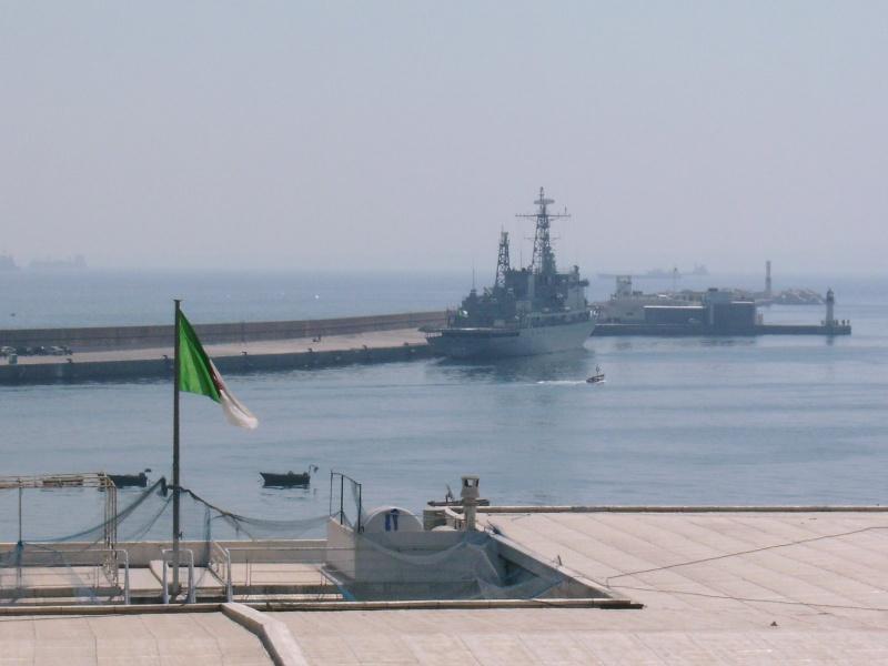 سفينة القيادة الجزائرية  الصومام Rimg0010