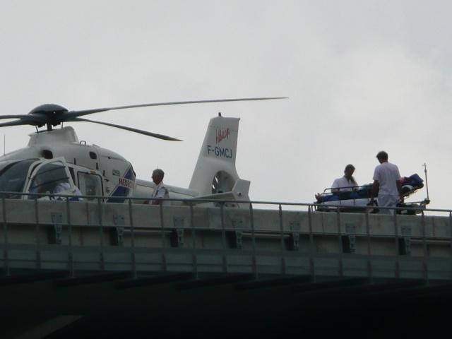 [Le service de santé] Le porte Hellicoptére Ste Anne Hellic20