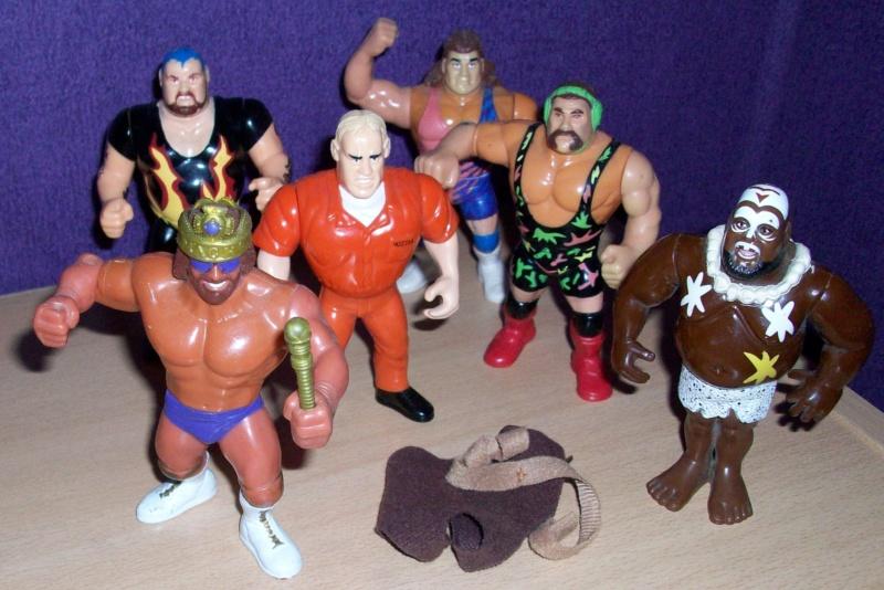 La tiote collection de Cha va eh!!! Arrivage WWF Vintage FR - Page 22 100_2915