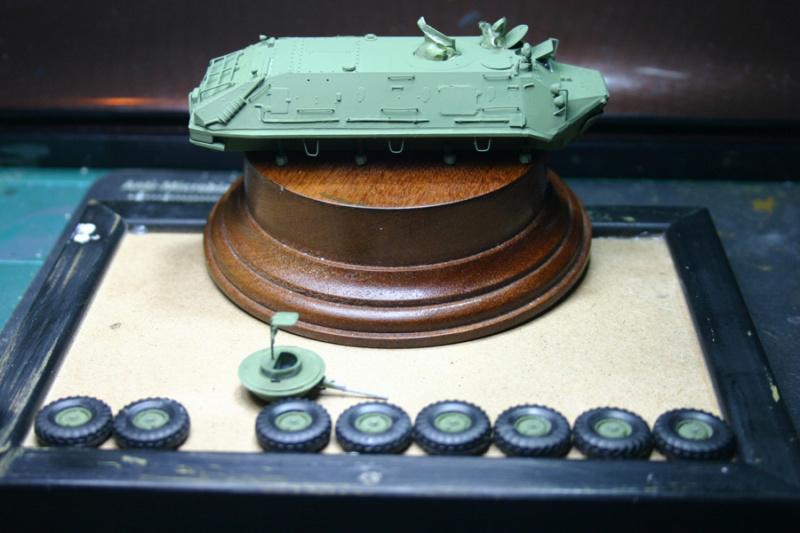 BTR 60 PB - ICM  (decaques en placel) Btr60p28