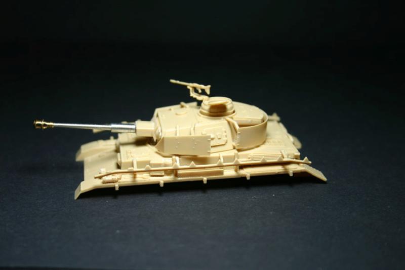[ Revell ]    Pz.Kpfw. IV Ausf.H  Pzkpfz12