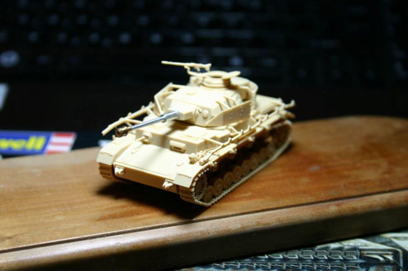 [ Revell ]    Pz.Kpfw. IV Ausf.H  Pzkpfz17