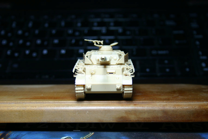 [ Revell ]    Pz.Kpfw. IV Ausf.H  Pzkpfz18