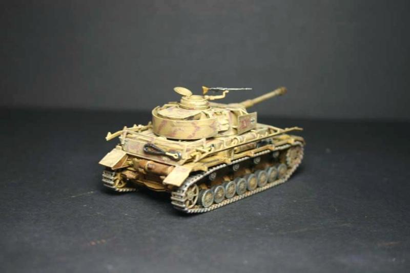 Pz.Kpfw. IV Ausf.H Revell (TERMINE) complement de photos - Page 3 Pzkpfz46