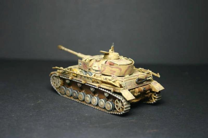 Pz.Kpfw. IV Ausf.H Revell (TERMINE) complement de photos - Page 3 Pzkpfz47