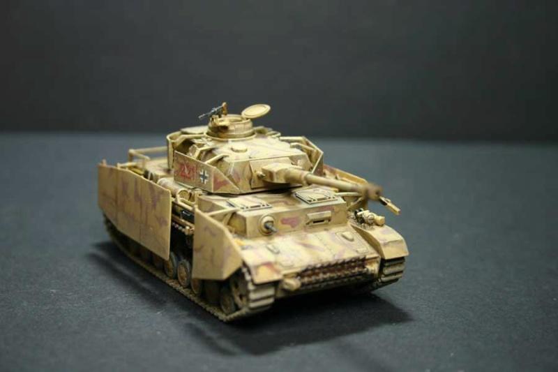 [ Revell ]    Pz.Kpfw. IV Ausf.H  Pzkpfz53