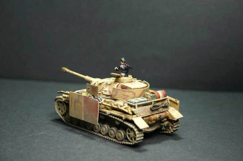 Pz.Kpfw. IV Ausf.H Revell (TERMINE) complement de photos - Page 3 Pzkpfz60