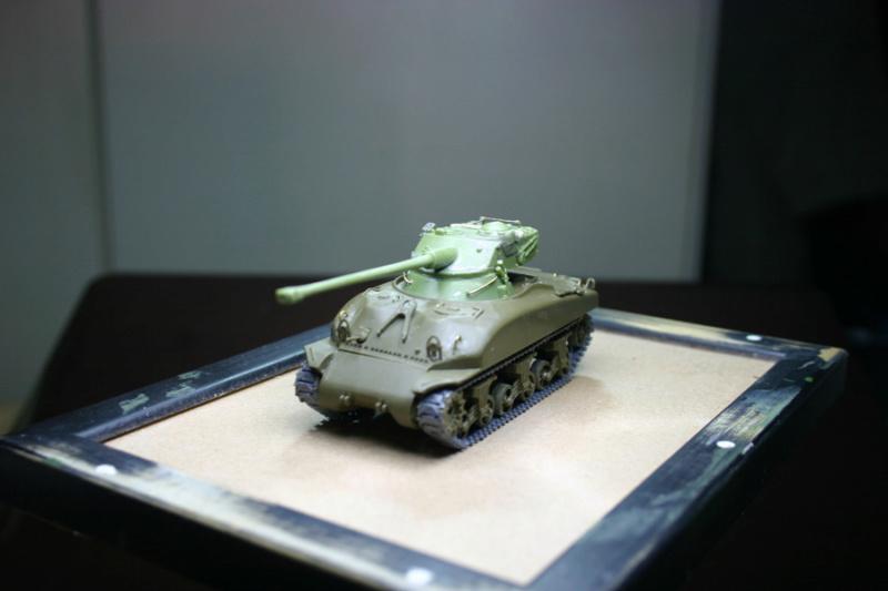 Sherman M4A1 avec tourelle AMX13 (termine) Revalo11
