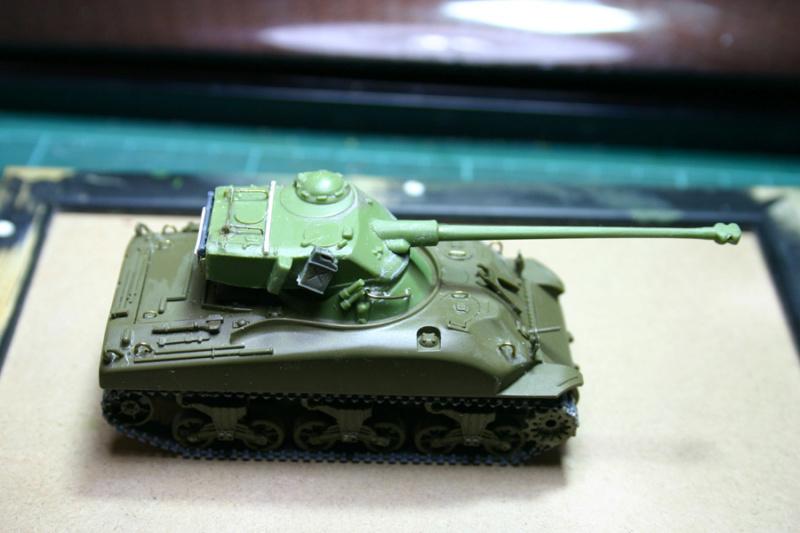 Sherman M4A1 avec tourelle AMX13 (termine) Revalo12
