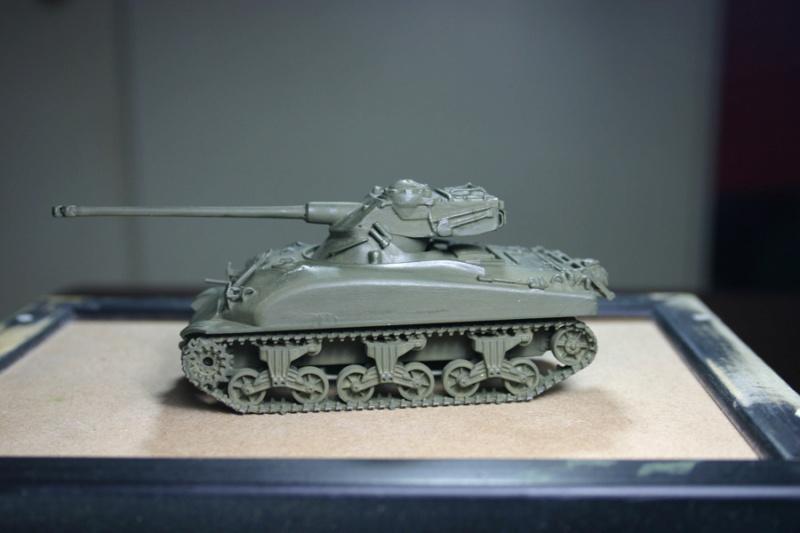 Sherman M4A1 avec tourelle AMX13 (termine) - Page 2 Revalo22
