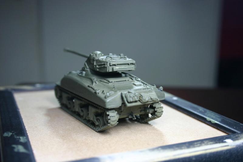 Sherman M4A1 avec tourelle AMX13 (termine) - Page 2 Revalo23