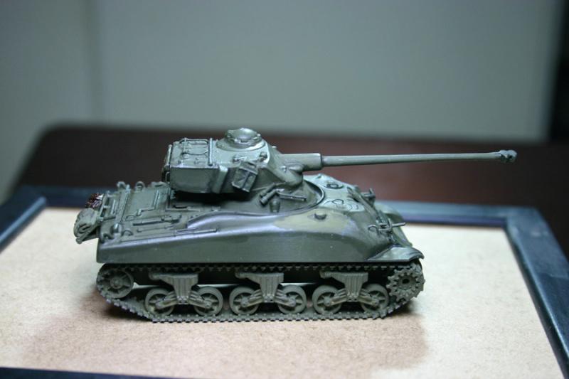 Sherman M4A1 avec tourelle AMX13 (termine) - Page 2 Revalo26