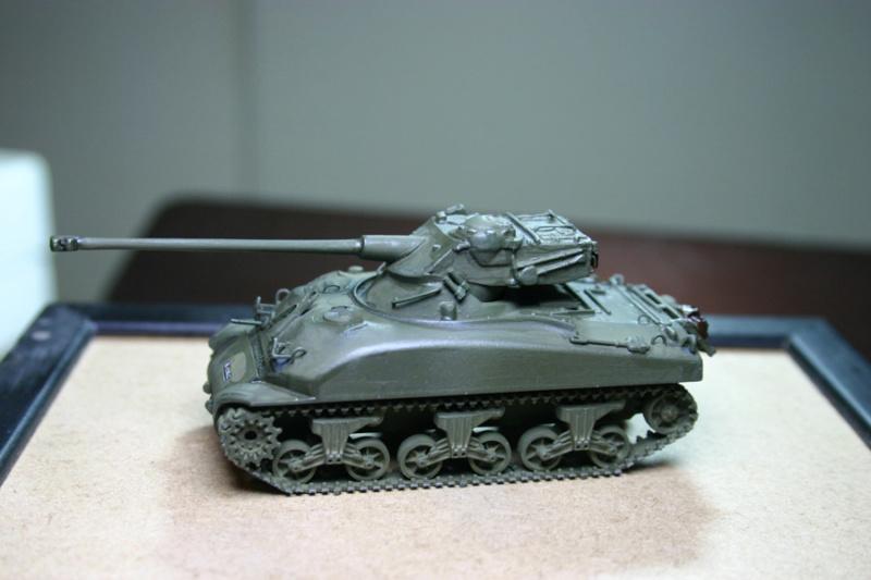 Sherman M4A1 avec tourelle AMX13 (termine) - Page 2 Revalo28