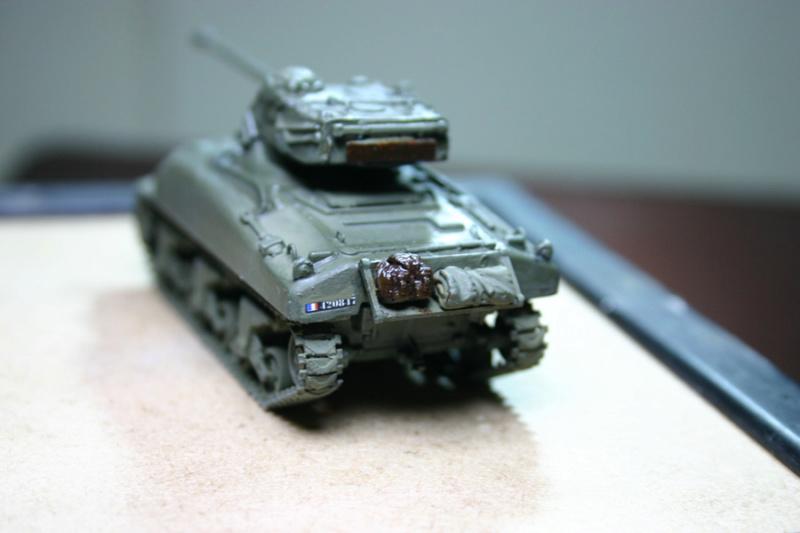 Sherman M4A1 avec tourelle AMX13 (termine) - Page 2 Revalo29