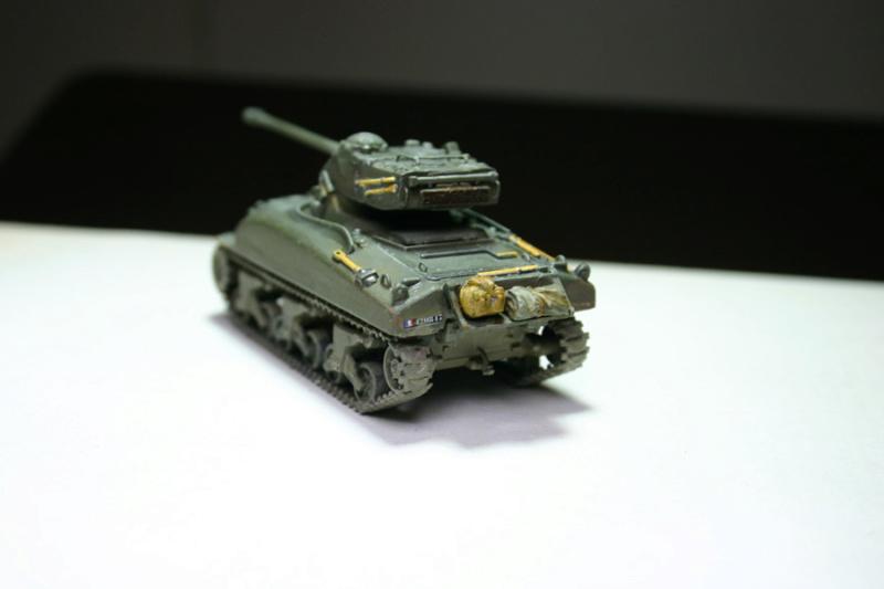 Sherman M4A1 avec tourelle AMX13 (termine) - Page 2 Revalo32