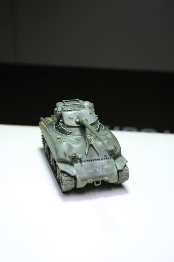 Sherman M4A1 avec tourelle AMX13 (termine) - Page 2 Revalo34