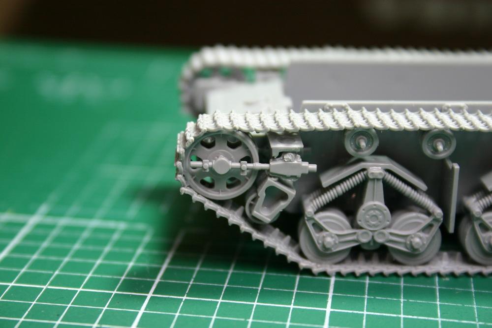 [Zvezda] T-35   peinture du train de roulement - Page 2 T35_2510
