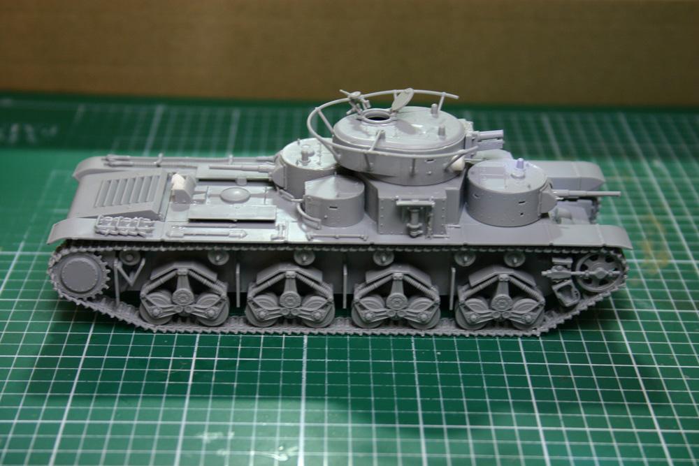 [Zvezda] T-35   peinture du train de roulement - Page 2 T35_4011