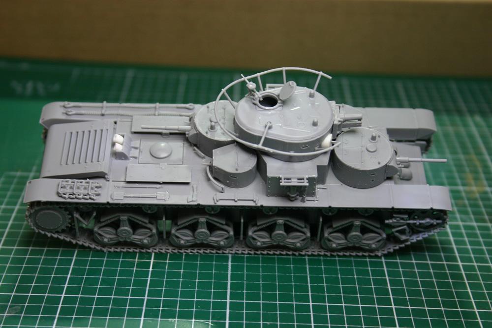 [Zvezda] T-35   peinture du train de roulement - Page 2 T35_4611