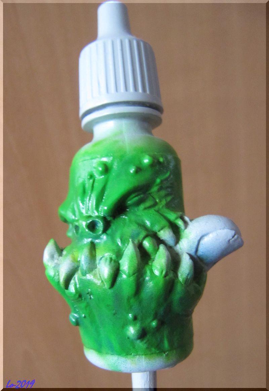 Le Kroc-doigt - MAOW - Echelle flacon de peinture acrylique 111