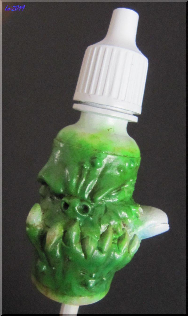 Le Kroc-doigt - MAOW - Echelle flacon de peinture acrylique 211