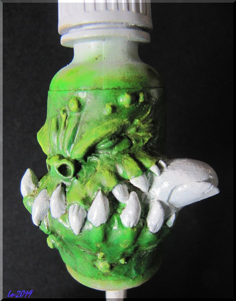 Le Kroc-doigt - MAOW - Echelle flacon de peinture acrylique 310