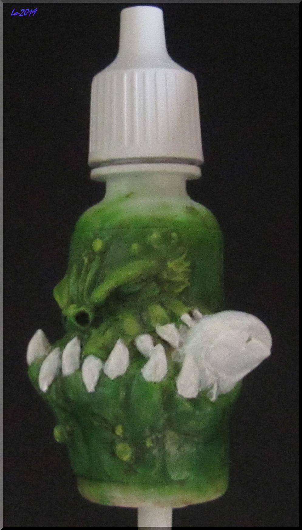 Le Kroc-doigt - MAOW - Echelle flacon de peinture acrylique 710