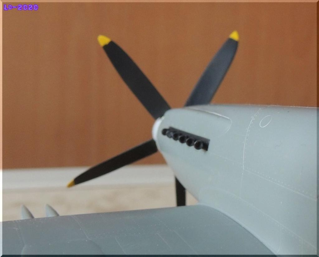 Supermarine Spitful Mk-16 (RB-518) - Trumpeter - 1/48ème Zochap10